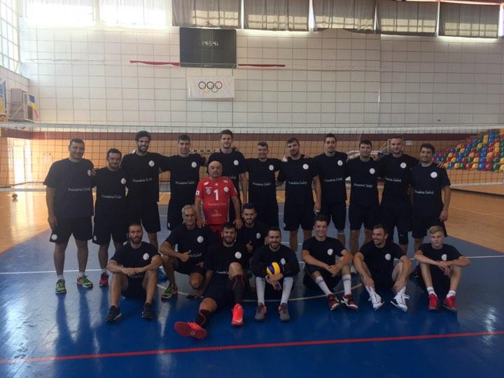 С волейболния отбор Аркада - Галац (Румъния)